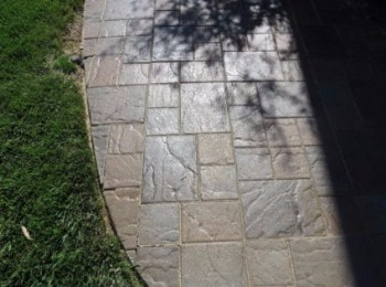 This is a picture of concrete pavers Manteca California